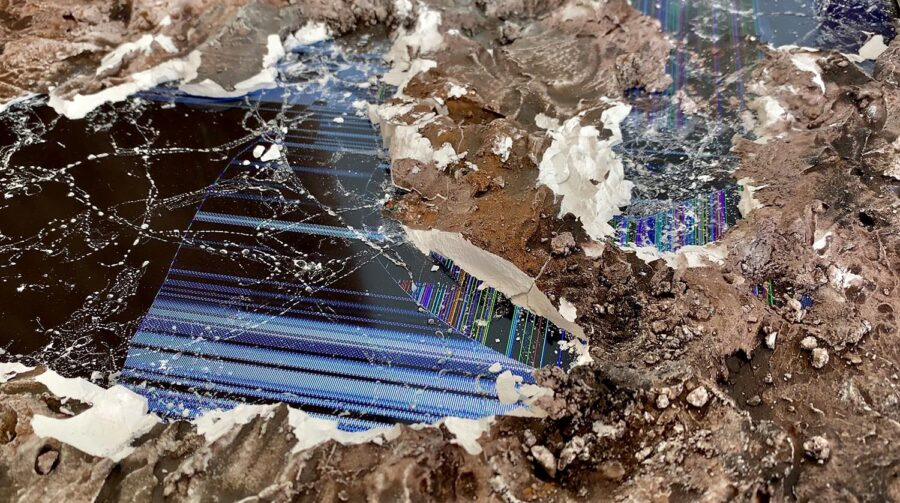 Weilong Guo, Excavation, 2020. Plaster, dust, concrete, oil paint on LED screen, three channel video installation: 32 inch screens.