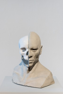 A digital sculpture showing a human head and cut away revealing the skull. Created by Gerald Sheffield II at SVA, 2015.